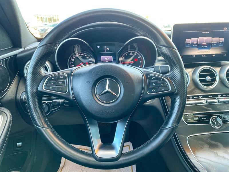 Mercedes-Benz C-Class 12