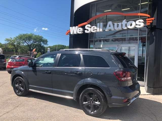 2018 Dodge Journey Crossroad #18DJ60930