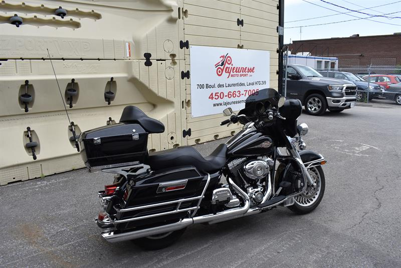 Harley Davidson FLHTC  ELECTRA GLIDE CLASSIC 2011