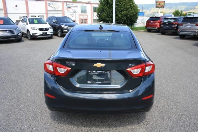 Chevrolet Cruze 4