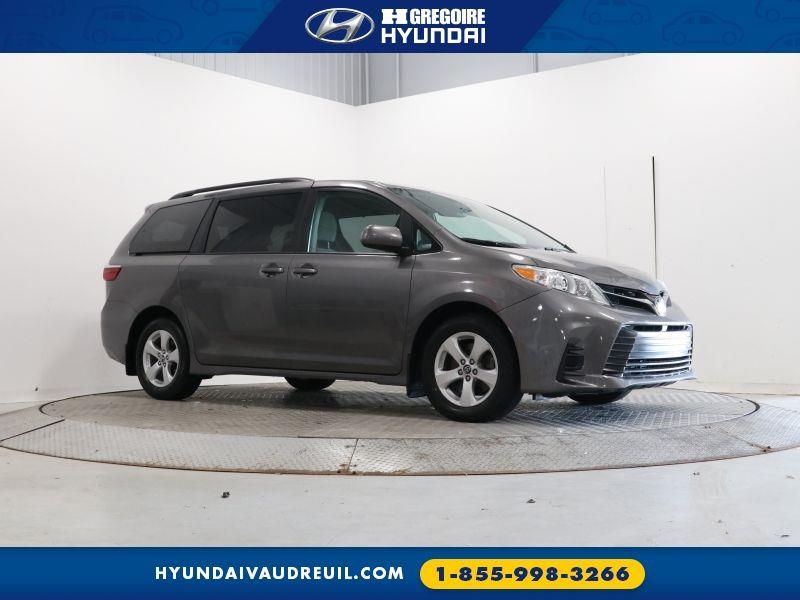 Toyota Sienna 1