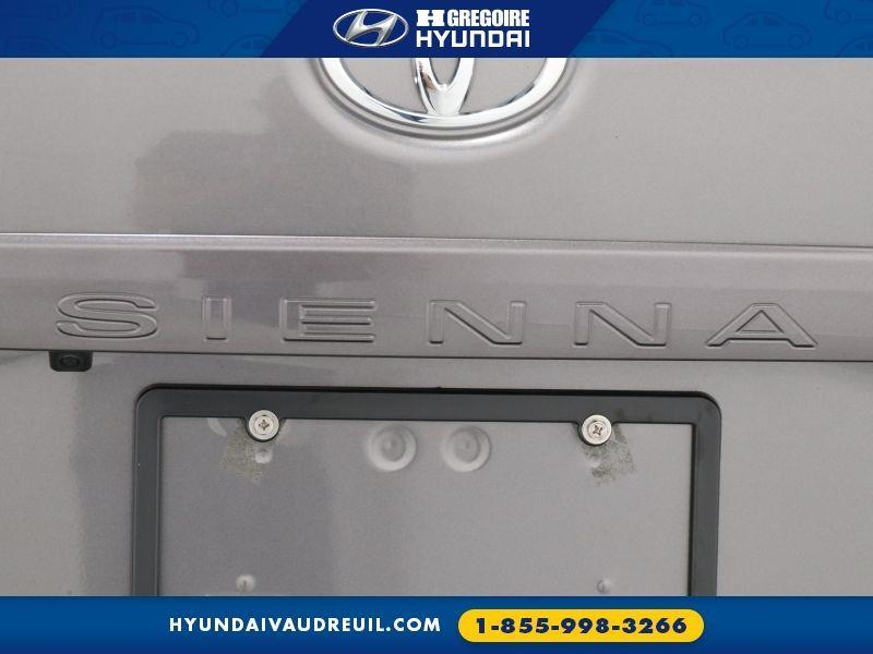 Toyota Sienna 32