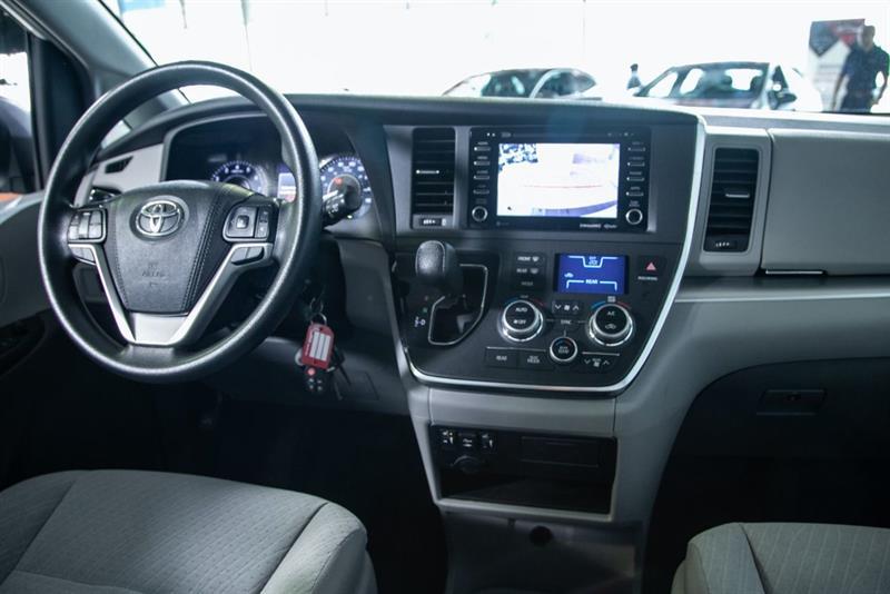 Toyota Sienna 20