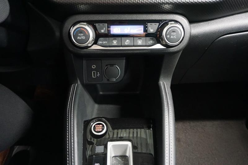 Nissan Kicks 32