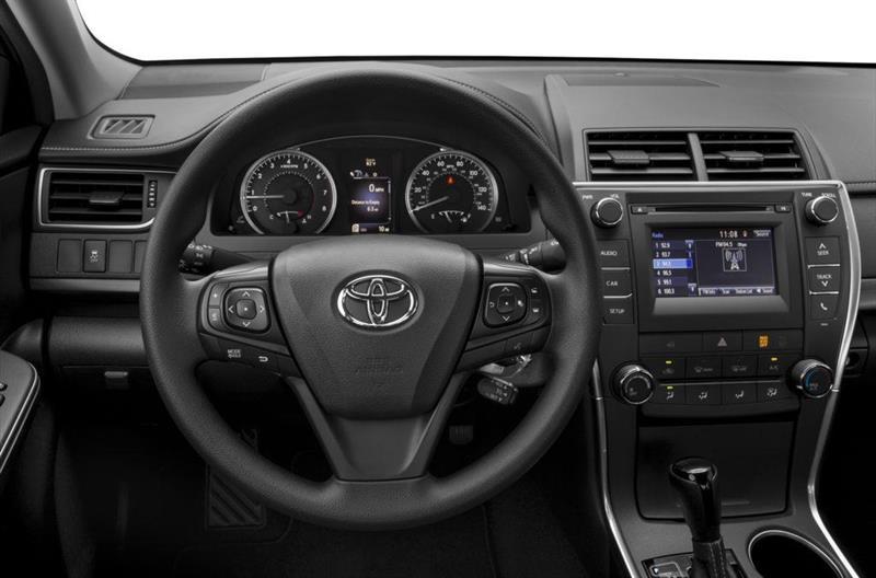Toyota Camry 4