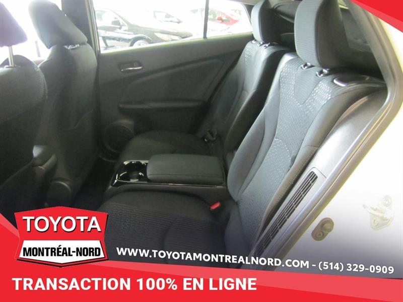 toyota Prius Prime 2017 - 11