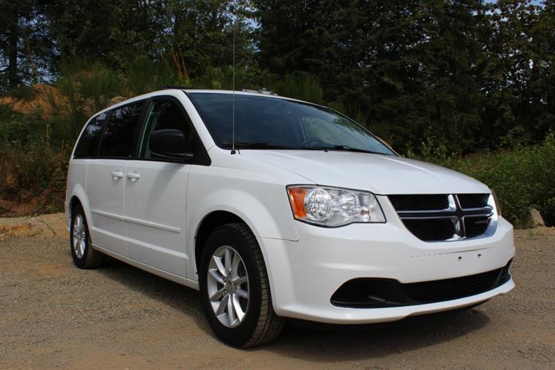 2014 Dodge Grand Caravan SXT - SiriusXM. DVD Player. Bluetooth. #13020A (KEY 112)