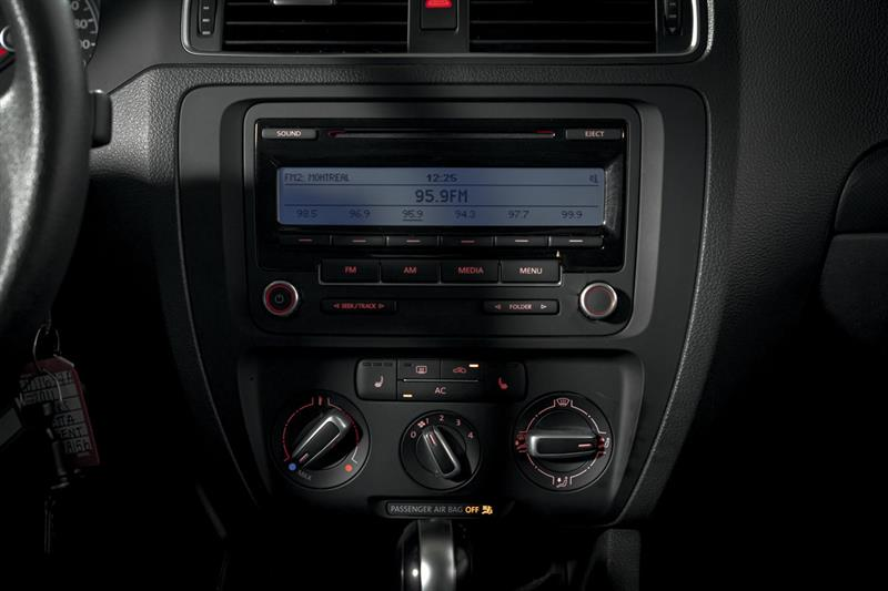 Volkswagen Jetta Sedan 22