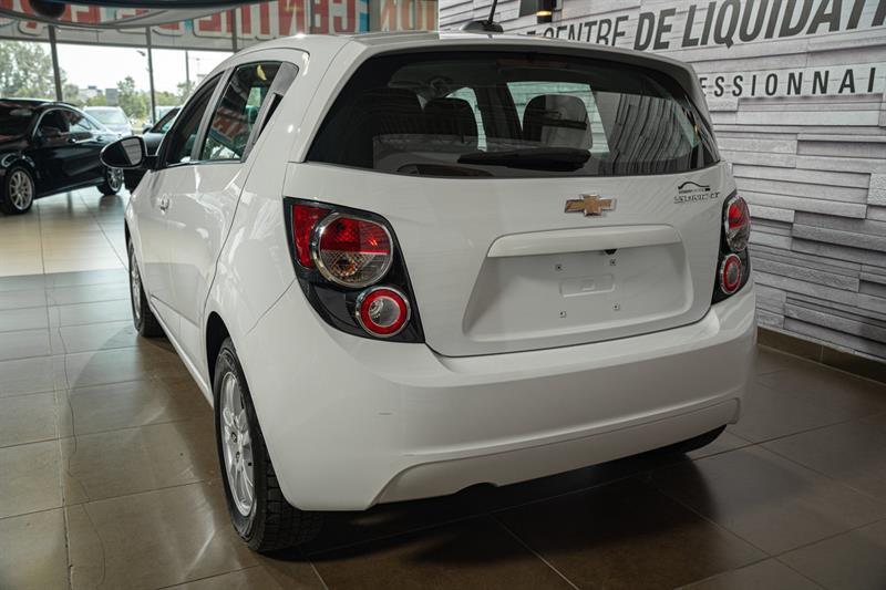 Chevrolet Sonic 5