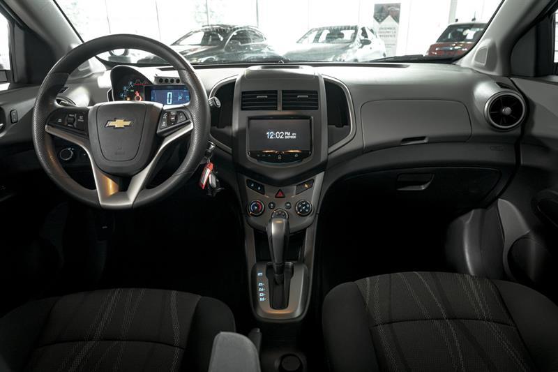 Chevrolet Sonic 18
