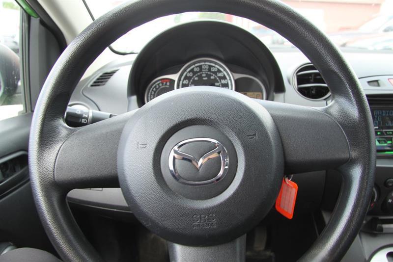 Mazda 2 16