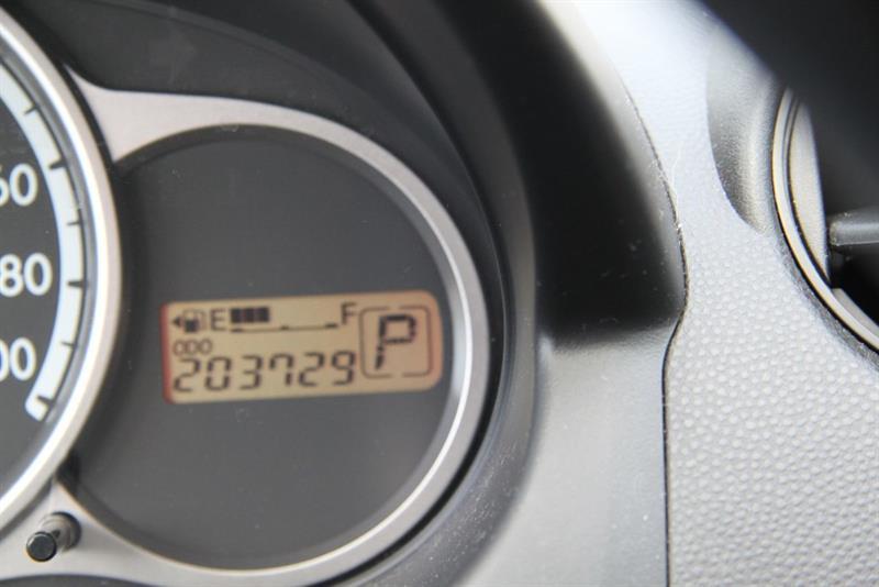 Mazda 2 18