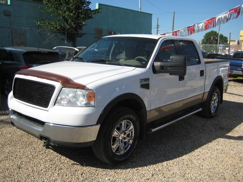 2005 Ford F-150 SuperCrew 139 4WD #E02504
