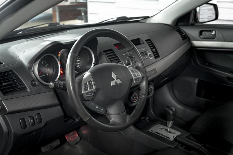 Mitsubishi Lancer 13