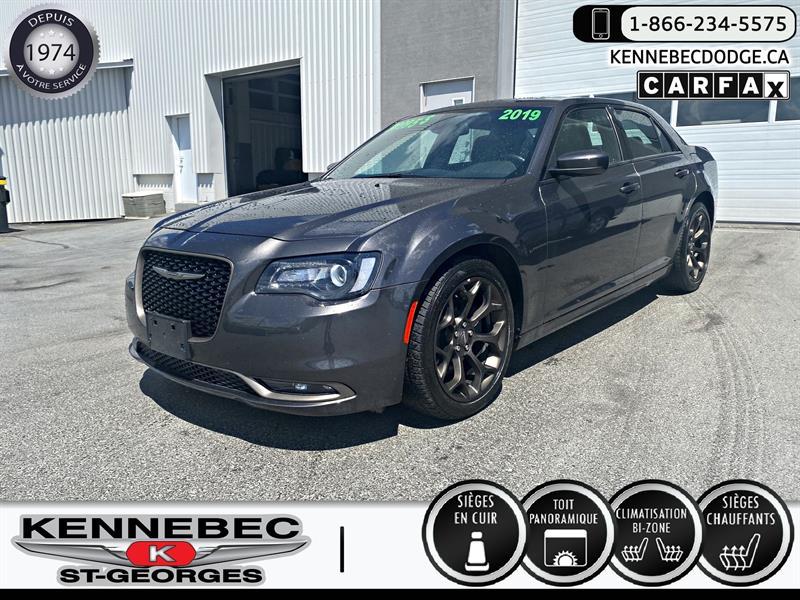 Chrysler 300 2019 300S RWD #05303