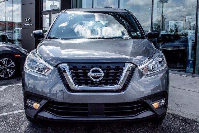 Nissan Kicks 3