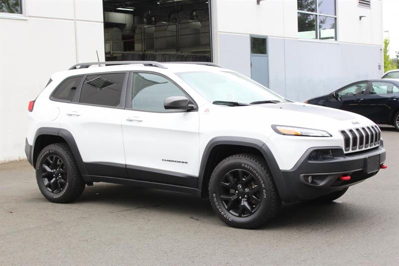 2016 Jeep Cherokee Trailhawk - Remote Start. Leather Seats. #P2391 (KEY 67)