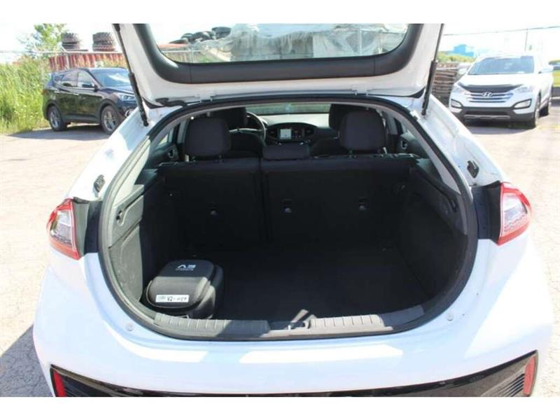 Hyundai Ioniq 11