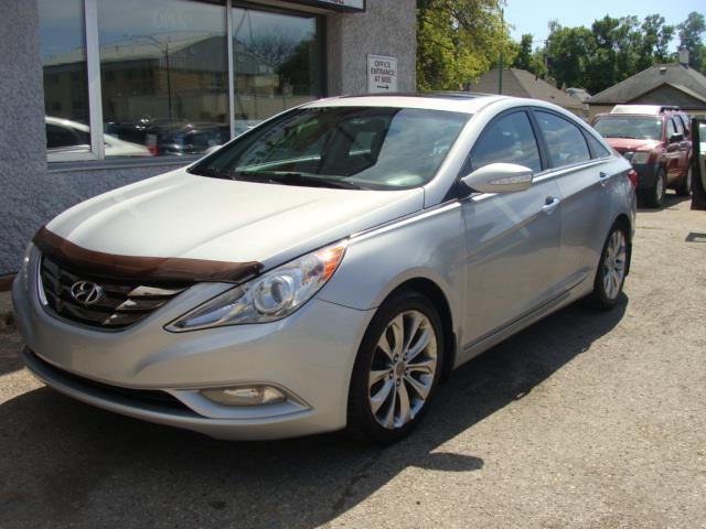 2011 Hyundai Sonata LIMITED #122A