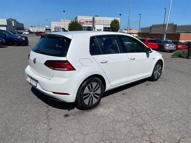 Volkswagen e-Golf 6
