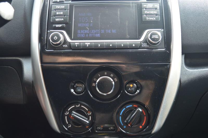 Nissan Versa Note 15