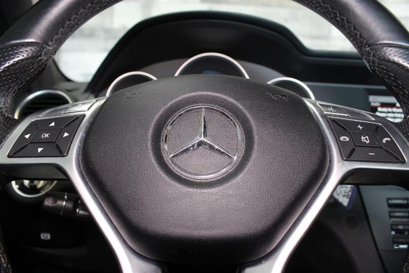 Mercedes-Benz C-Class 16