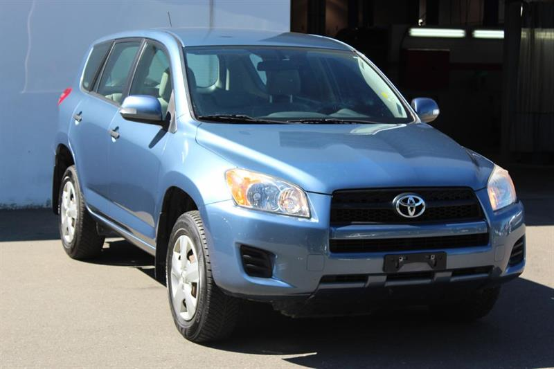 2009 Toyota RAV4 Accident-Free. One Owner. #12999A (KEY 145)