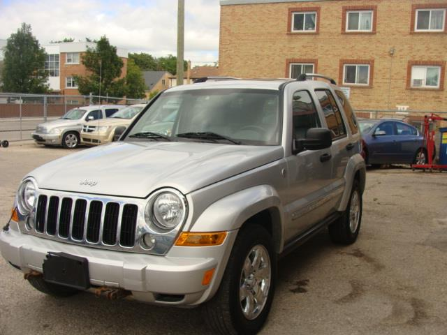 2006 Jeep LIBERTY SPORT LIMITED #76A