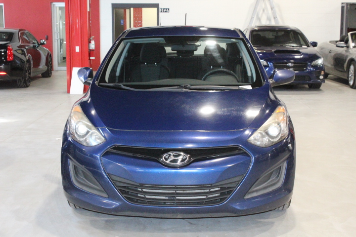 Hyundai Elantra GT 2