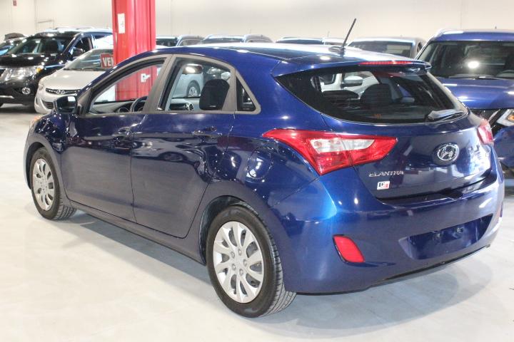 Hyundai Elantra GT 6