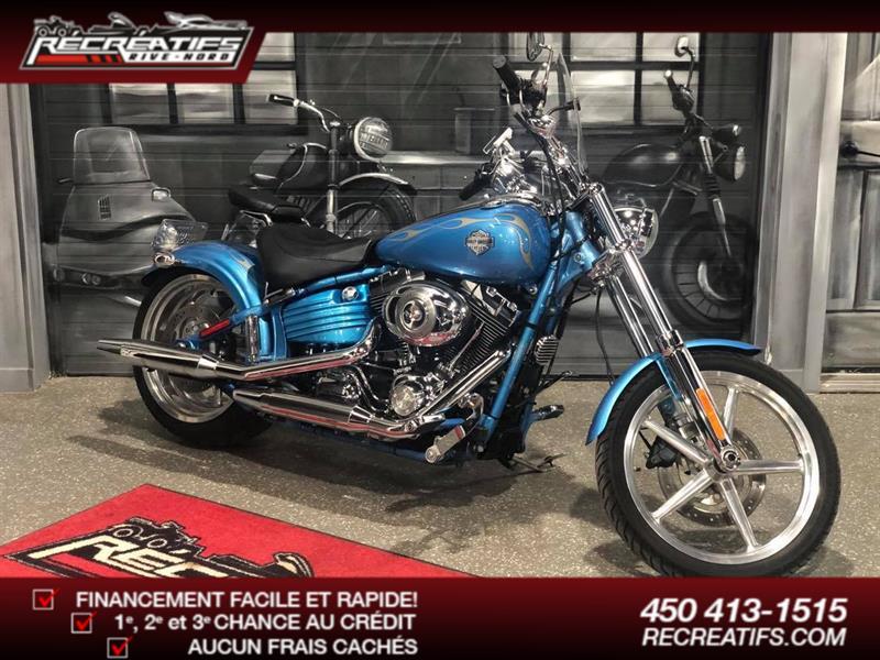 Harley Davidson FXCWC Rocker c 2011