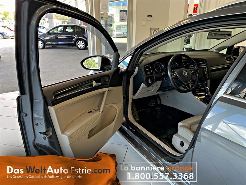 Volkswagen Golf 5-Door 8