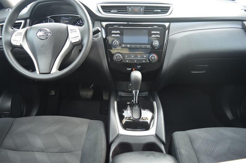 Nissan Rogue 14