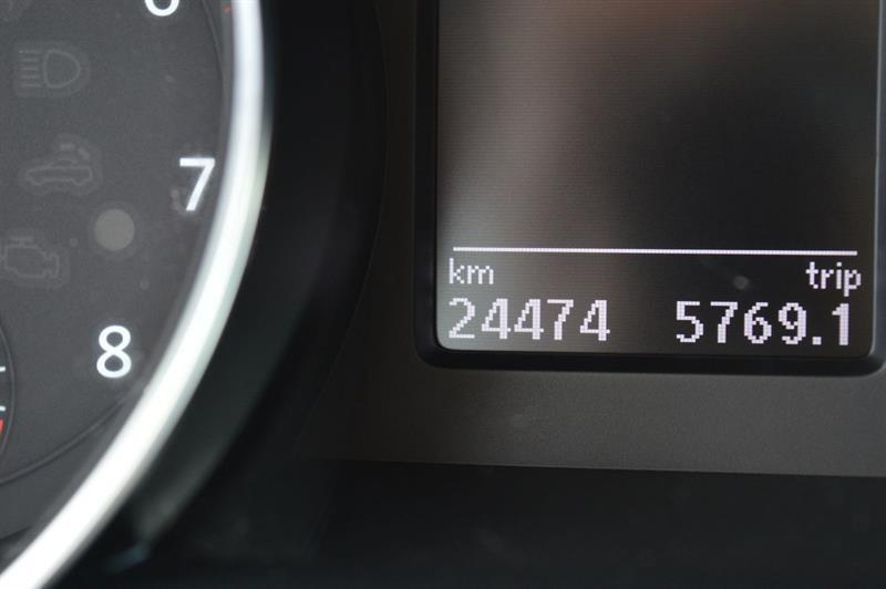 Volkswagen Jetta Sedan 27