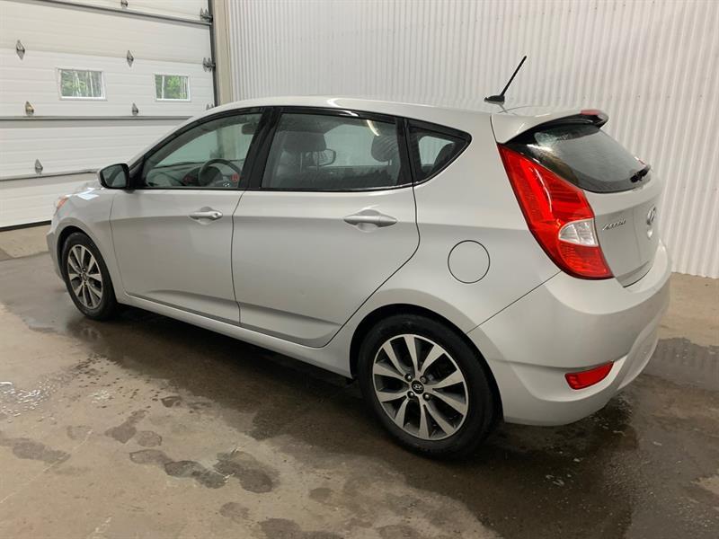 Hyundai Accent Hatchback 5
