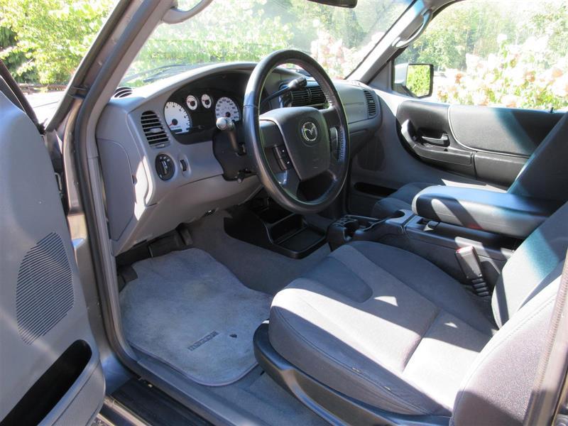 Mazda B4000 17