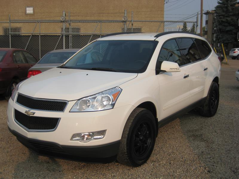 2010 Chevrolet Traverse AWD 4dr 2LT #215392