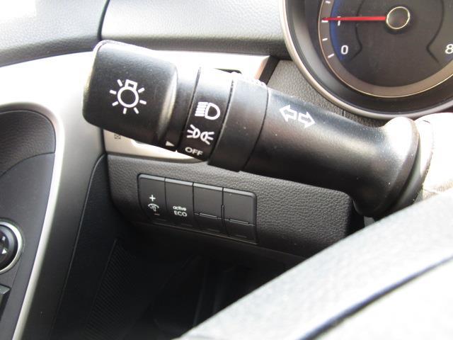 Hyundai Elantra GT 27