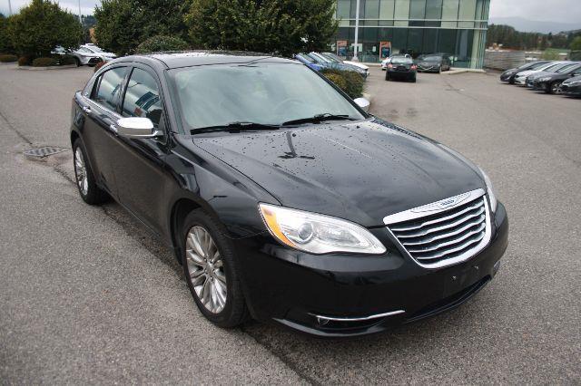 2012 Chrysler 200