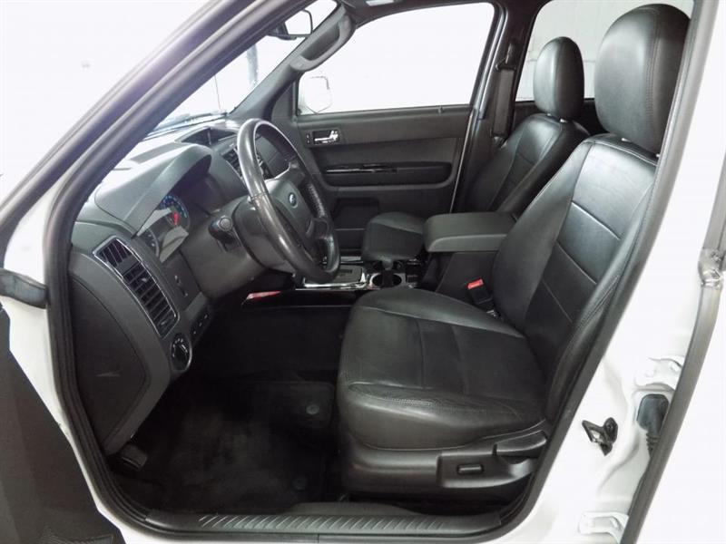 Ford Escape 4WD 11