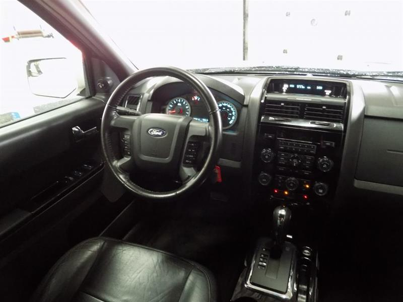 Ford Escape 4WD 22
