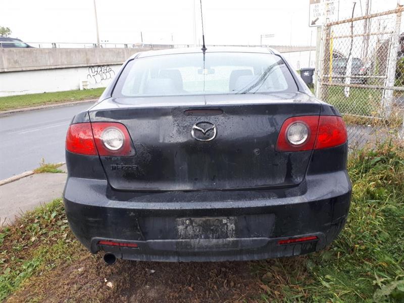 Mazda 3 5