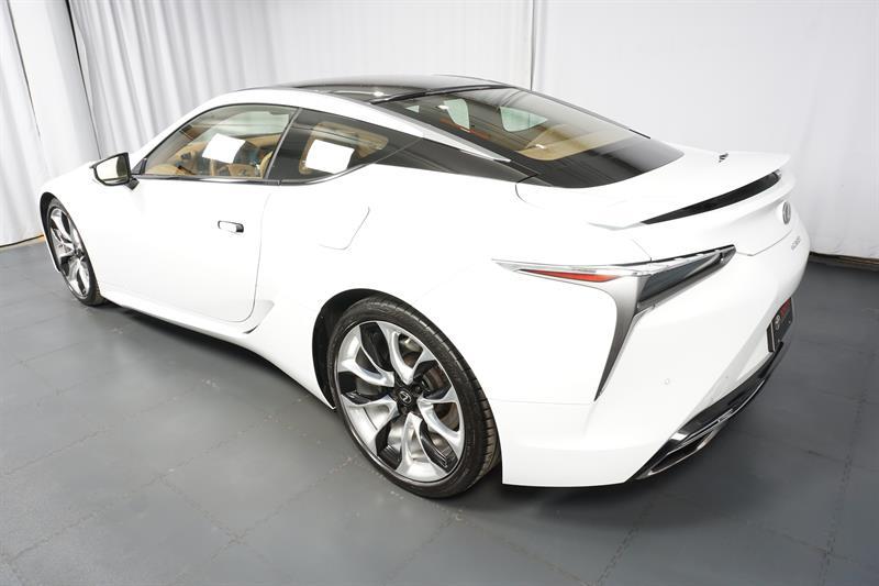 Lexus LC 4