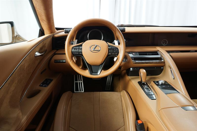 Lexus LC 11