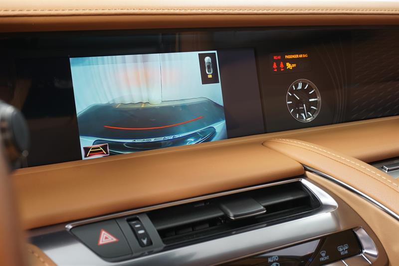 Lexus LC 19