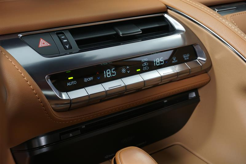 Lexus LC 22