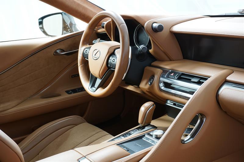 Lexus LC 26