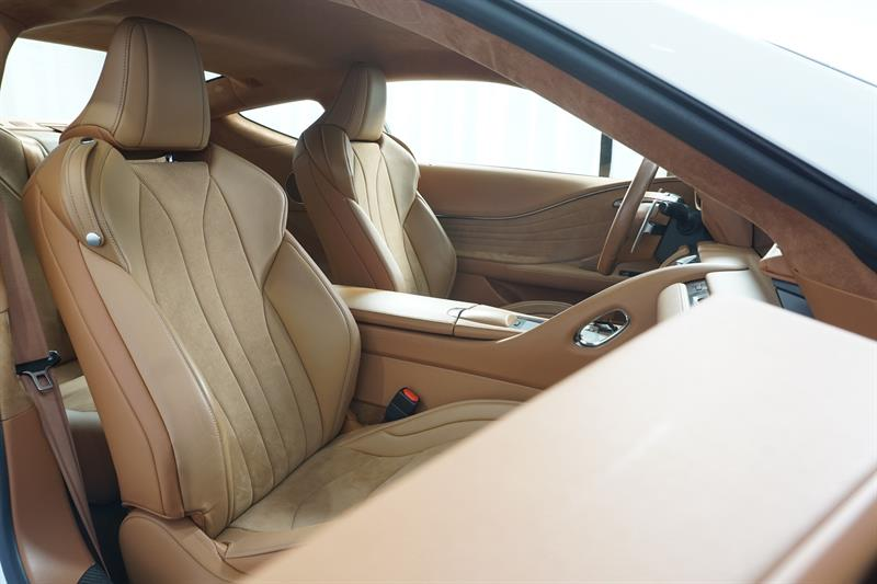 Lexus LC 27