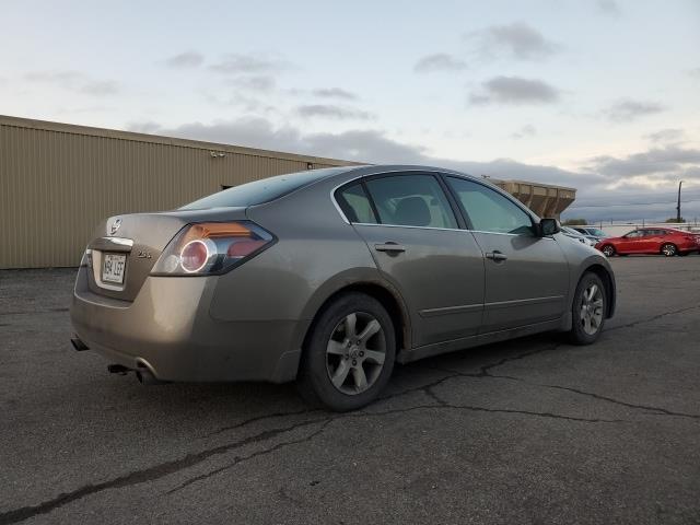 Nissan Altima 5