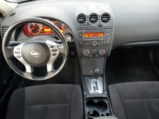 Nissan Altima 16